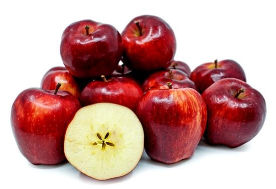 Яблоко сорта Ред Делишес